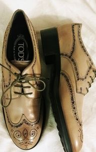 Todd's Lace-up Oxfords